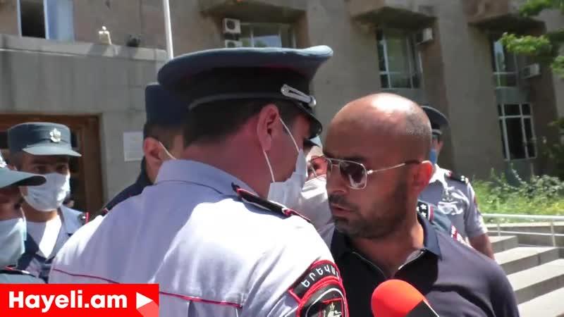 Աղեկյանի արտառոց դիմակը,լարված իրավիճակ ոստիկանների ու քաղաքացիների միջև, բռնի բ