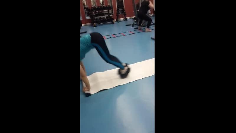 Функциональный тренинг в тренажерном зале смотреть онлайн без регистрации