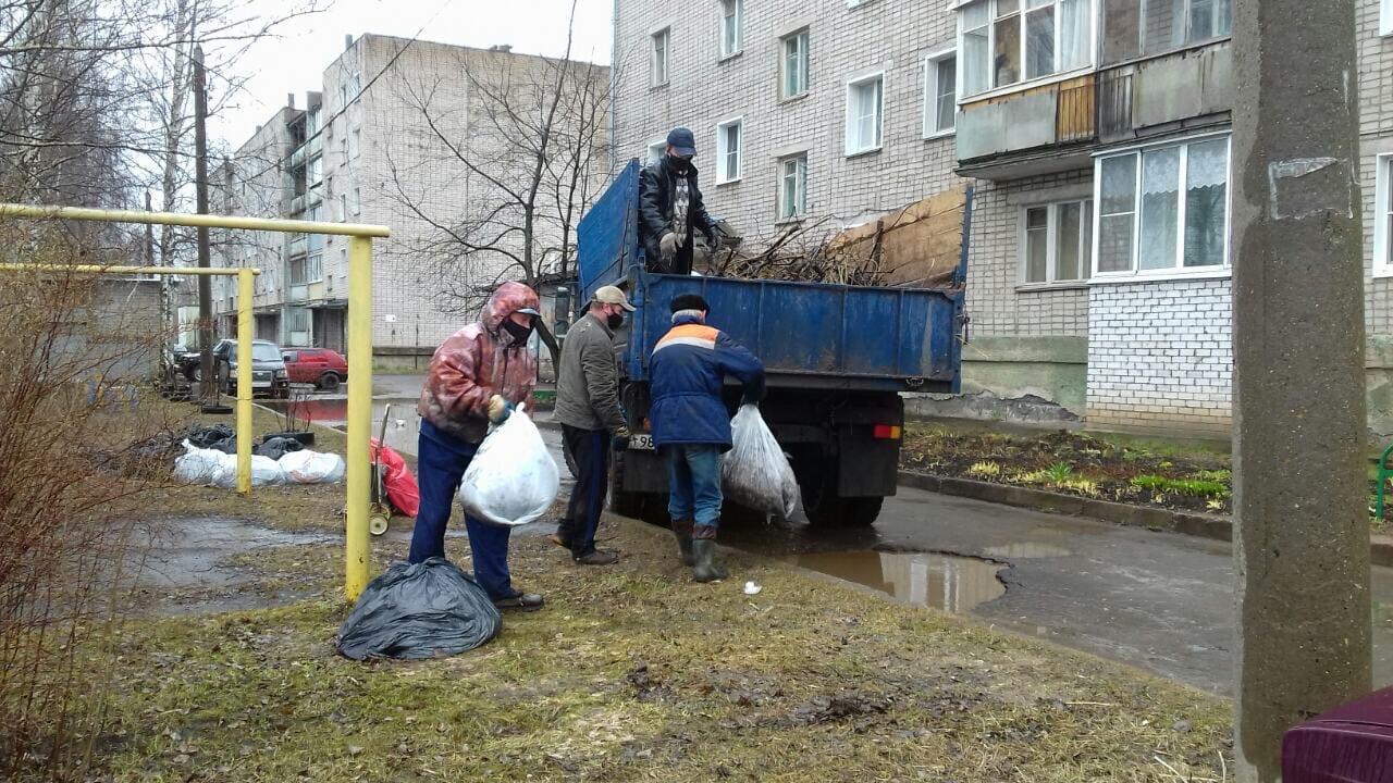 Ул. Северо-Садовая, 2. Вывоз мусора после проведения