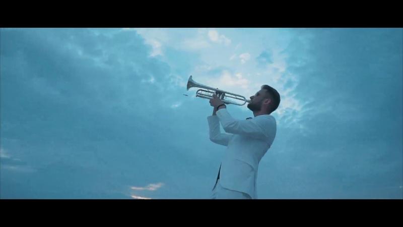 DJ George A feat D E P No Te Rindas Official Video