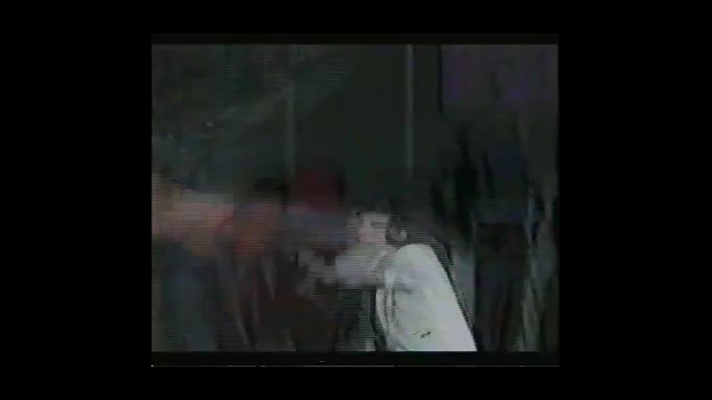 Режим защиты Фрагменты клипа без постельных сцен и сцен что на сцене того же характера
