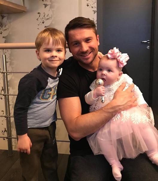 Сергей Лазарев объявил о том, что у него родилась дочка!