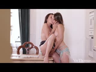 Blue Angel and Verona Sky - Morning Lovers [Lesbian]