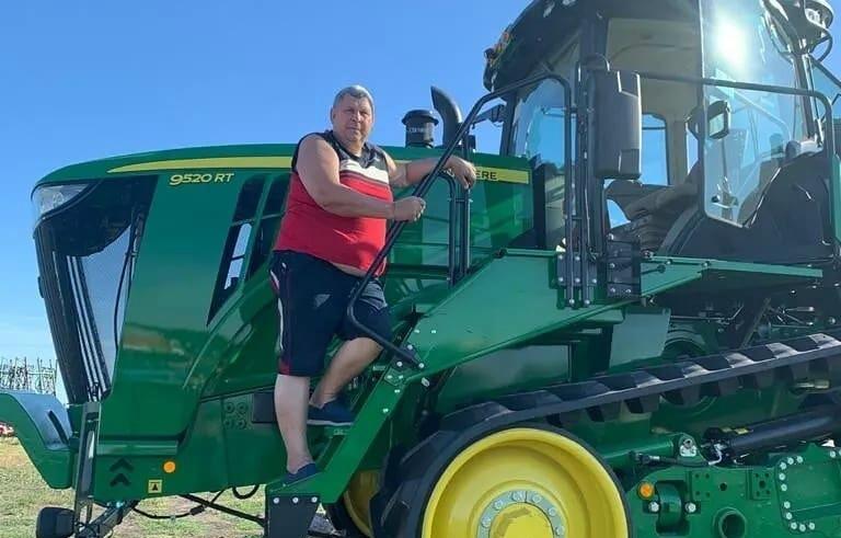 Фермер Валерий Чернов пополнил парк сельхозтехники