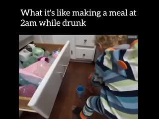На что похоже приготовление еды в 2 утра, будучи пьяным!