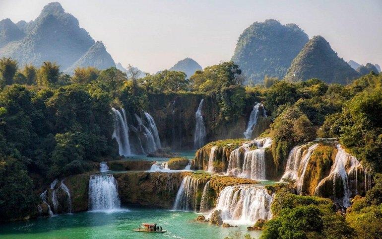 Интересные места нашей планеты Водопад Дэтянь (Вьетнам), изображение №1