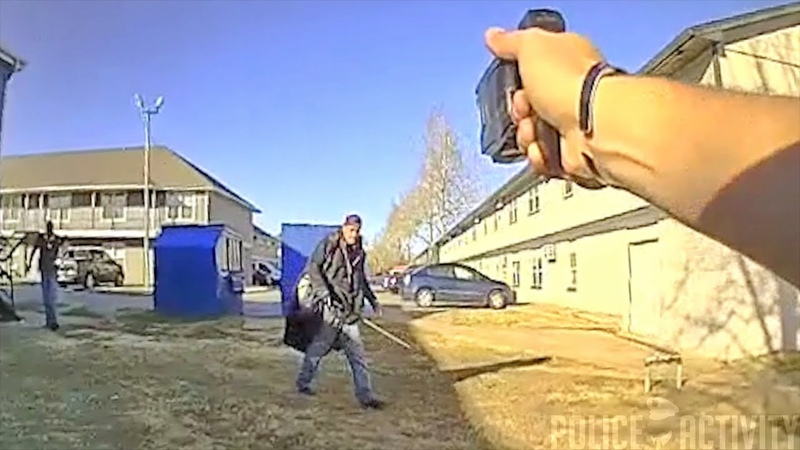 Suspect Gets Tased By Cop After Refusing To Drop Golf Club