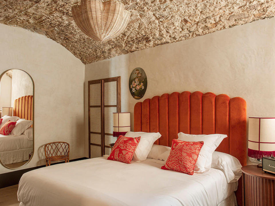 Уютный бутик-отель La Bionda на севере Испании || 01