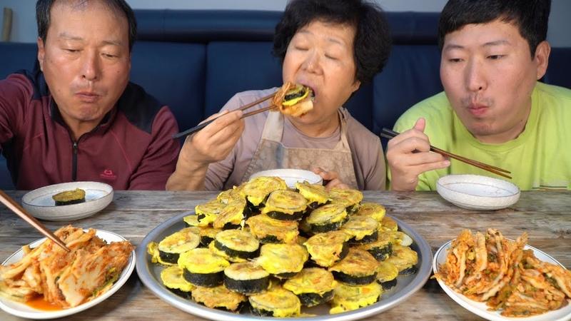 돌돌 만 김밥을 계란 묻혀 맛있게 구운 [[김밥전(Gimbap jeon)]] 요리47673;방!! - Mukbang eating show