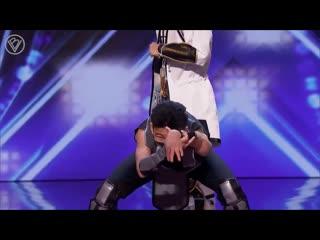 Танец киргизов в костюмах героев Mortal Kombat на шоу талантов!