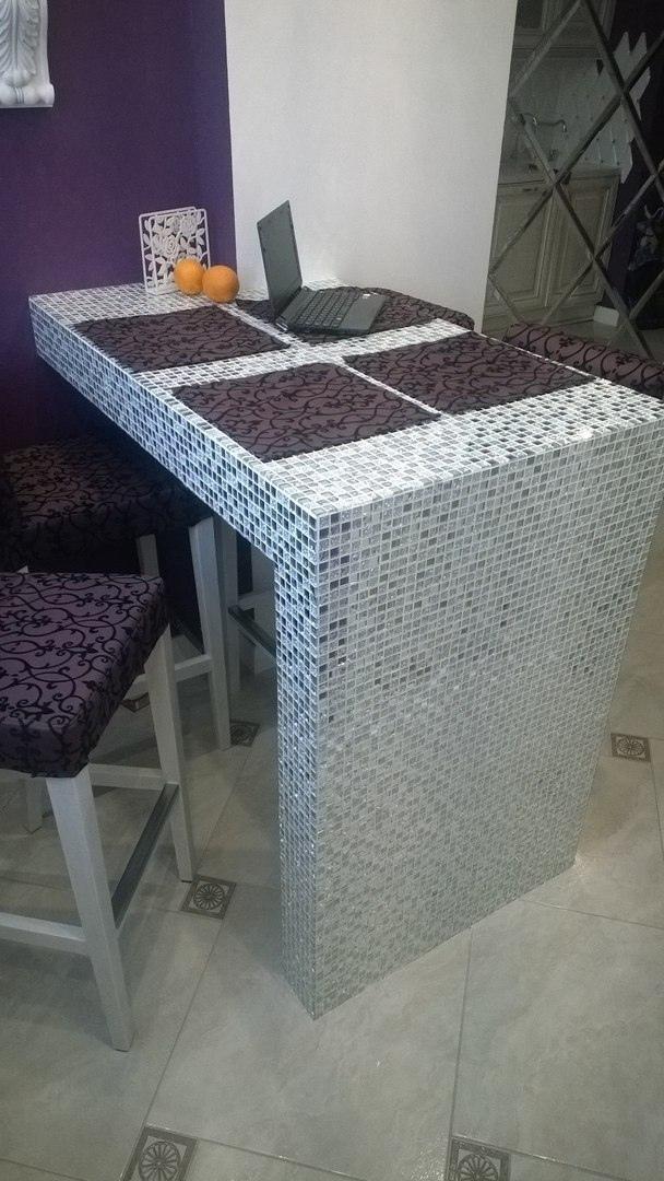 Давно хотели такой столик - сделал жене подарок своими руками
