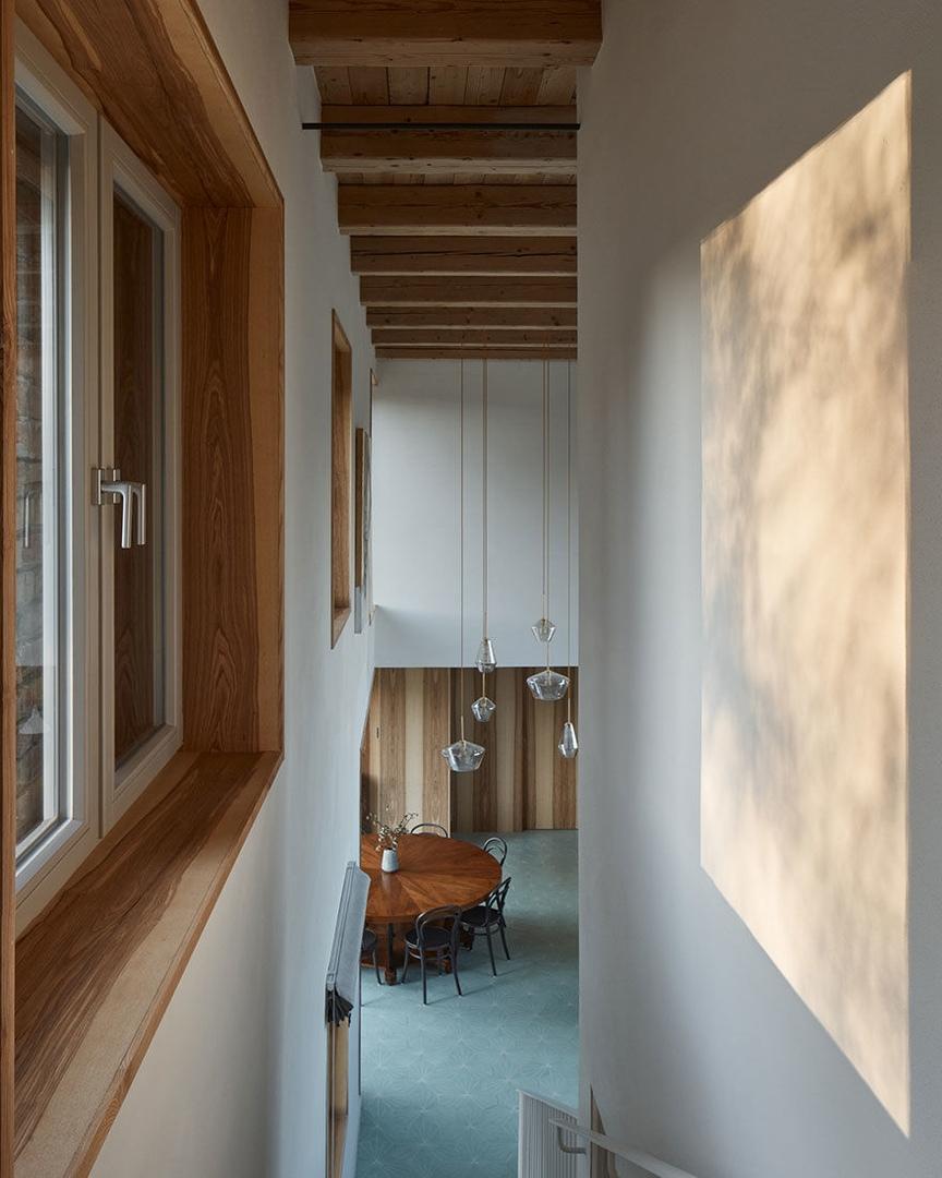 «Дом в руине» по проекту студии ORA