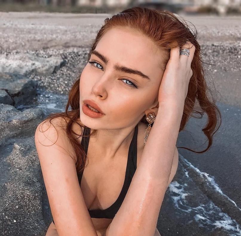 Блогерша Рената Ваулина Слив
