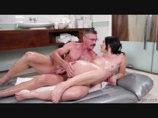 Mandy Muse - Hit It and Quit It [All Sex, Hardcore, Blowjob, Massage, Oiled]