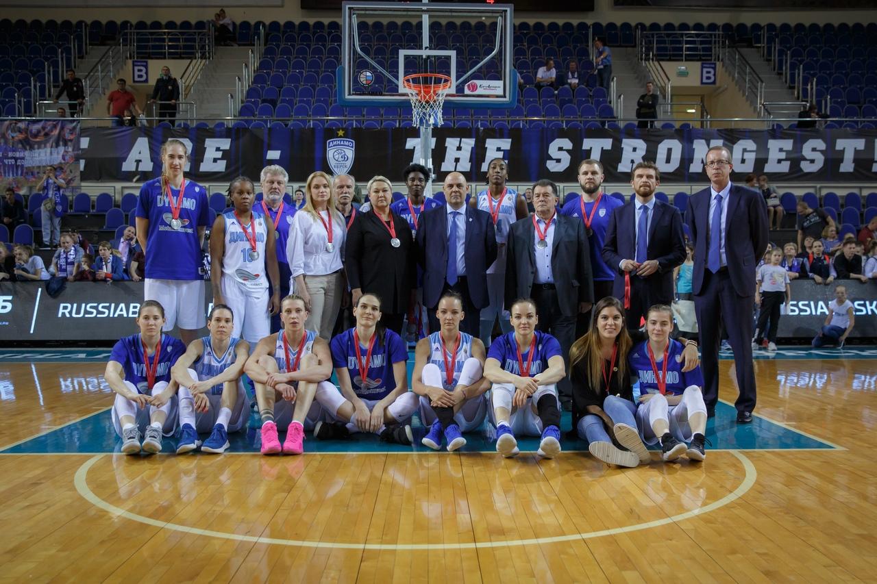 Баскетболистки УГМК в 11 раз подряд выиграли чемпионат России. У курского