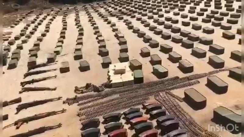 ترسانة اسلحة كبيرة امسك بها الجيش السوري على طريق حمص امس مرسلة الى الجماعات الارهابية