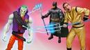 Видео для детей - Бэтмен и Супергерои против Джокера! - Игры битвы на Фабрике Героев.