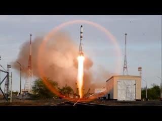 Запуск корабля Прогресс МС-14 на Ракете Победы