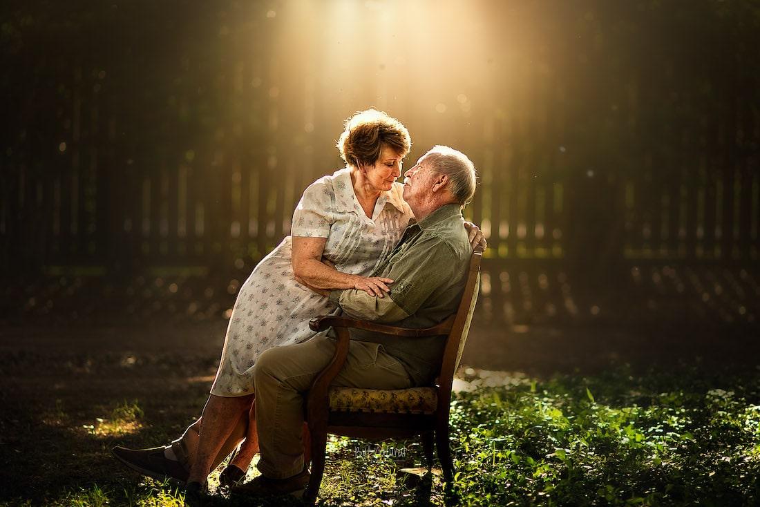 нежные отношения пожилых пар в фото можно простое