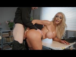 Nicolette Shea (BRAZZERS PORN VIDEO 18+)