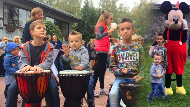Учимся Играть на Барабанах Веселые видео для Детей Kids Funny Video