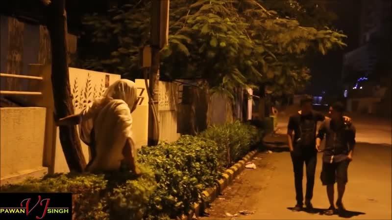 مقلب الجن يرعب الناس في الشارع 2 - شاهد ردود أفعالهم!