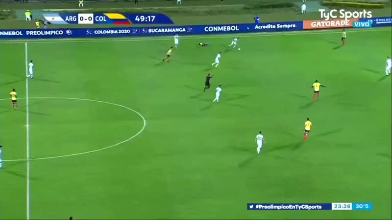 Крутейший гол в девятину аргентинского парниши
