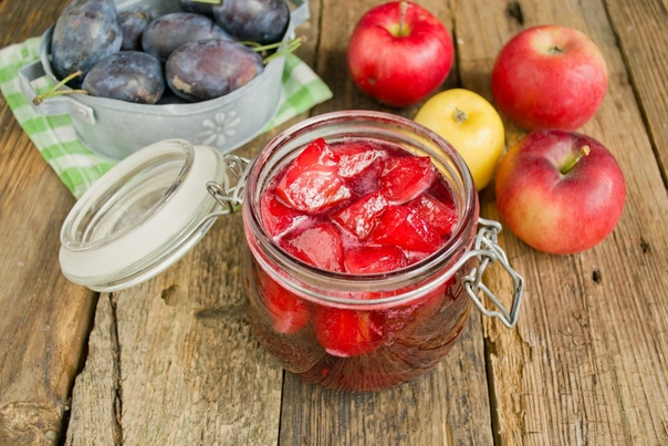 Варенье из сливы с яблоками на зиму  густое и красивое.