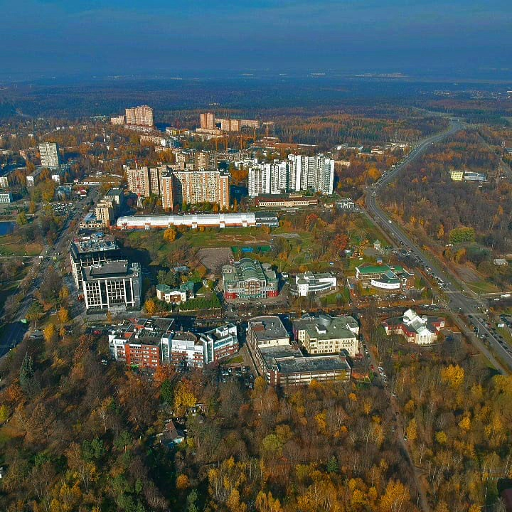 Осеннее Одинцово с высоты полета квадрокоптера