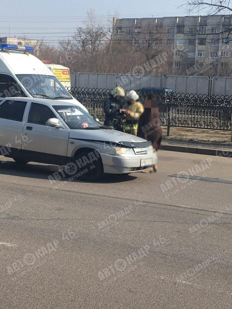 В Курске юный водитель на ВАЗе догнал «Датсун»