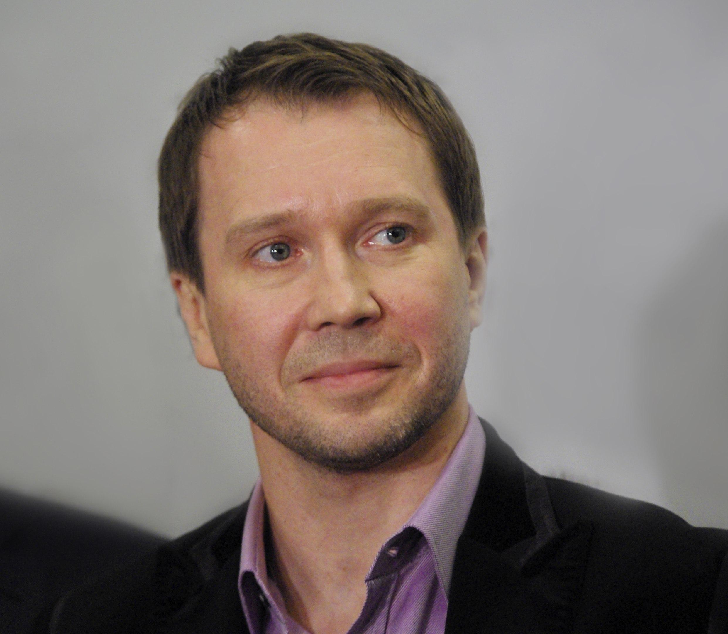 Сегодня свой 50-летний юбилей отмечает Миронов Евгений Витальевич.