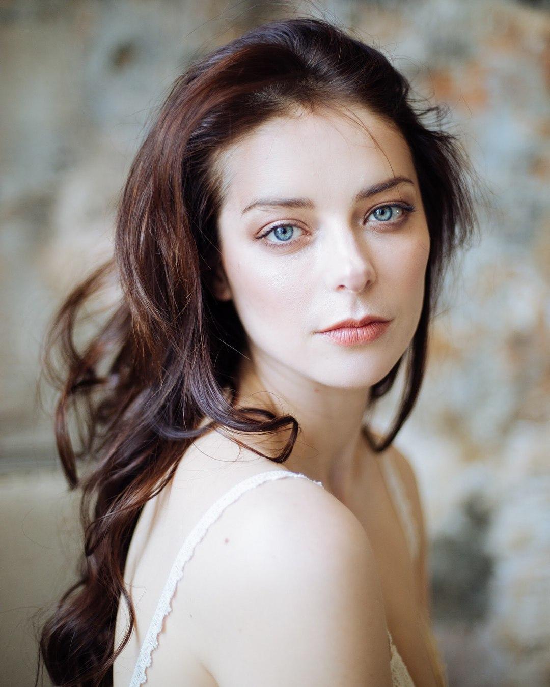Сегодня день рождения отмечает Александрова Марина Андреевна.