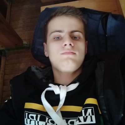 Илья, 18, Drahichyn