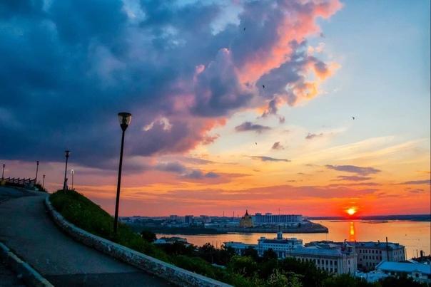 Прекрасный вечер на волжском берегу 🧡#фото@typical...