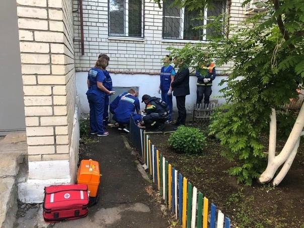 В Арзамасе 12-летний ребенок погиб, выпав из окна....