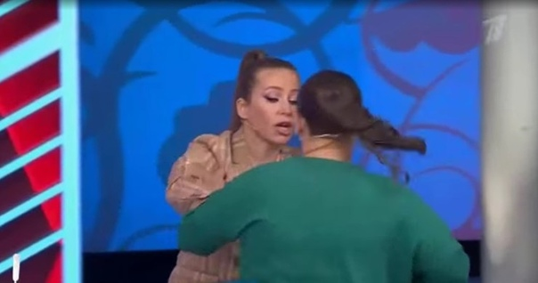 Александр Гордон высказал все в лицо женщине, которая избивает своего сына-инвалида: