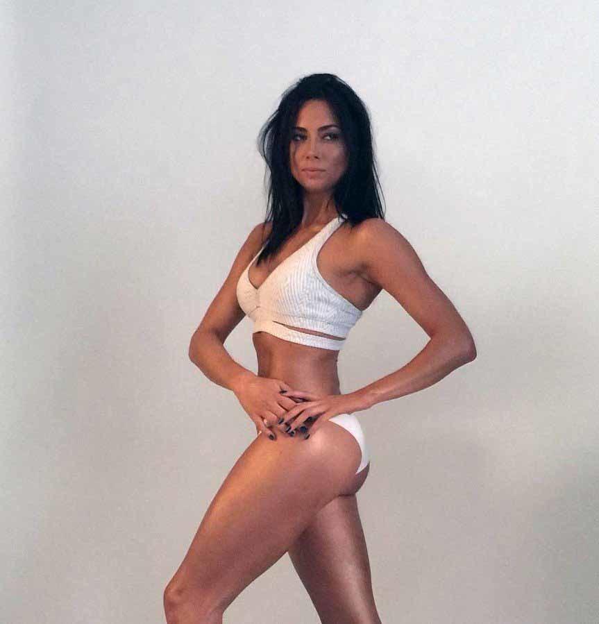 Красавица Настасья Самбурская и её лучшая форма