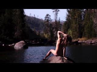 WonderHussy visits Devil Hot Springs - True Nudists