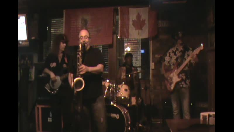 Some dude on sax at the Abbey Road pub jam night.2008