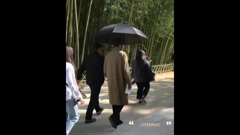 Король Вечный монарх 👑 По пути на съёмку 🎬