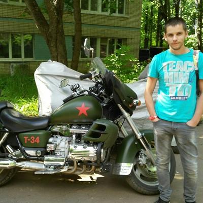 Николай Шаров