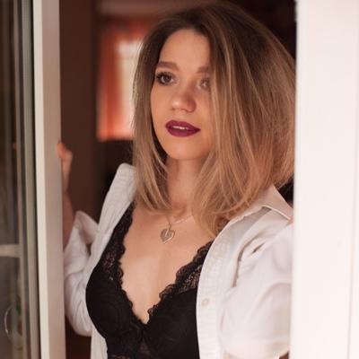Анастасия Затонских