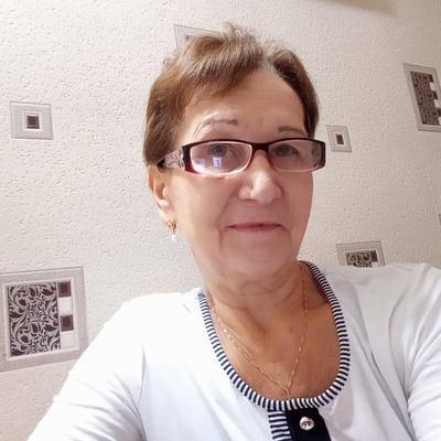 Зинаида, 66, Murino