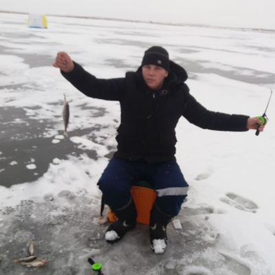 Алексей, 32, Uzhur
