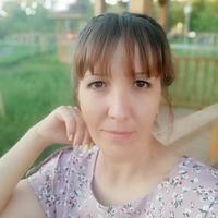 Наргиза Попова