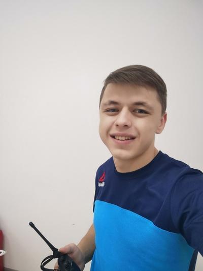 Миша, 23, Kanash