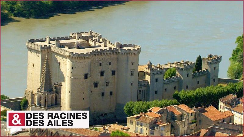 Le château de Tarascon, sur les rives du Rhône