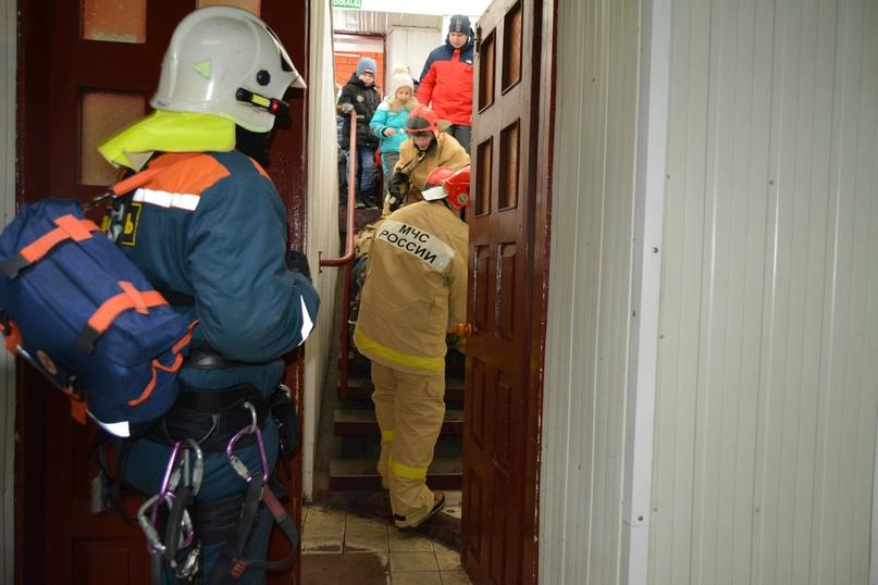 В Коврове прошел день открытых дверей посвященный 116-летнему дню рождения пожарного депо., изображение №20