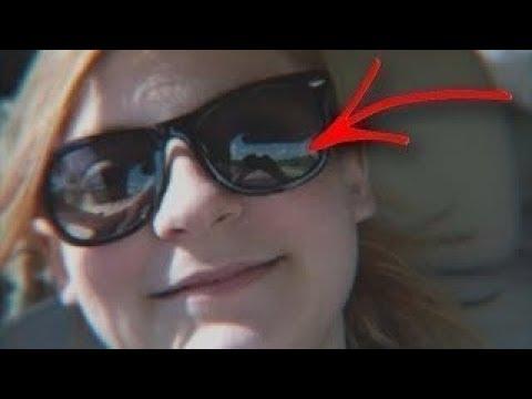 Sie machte ein Selfie und erkannte dann ein gruseliges Detail im Hintergrund