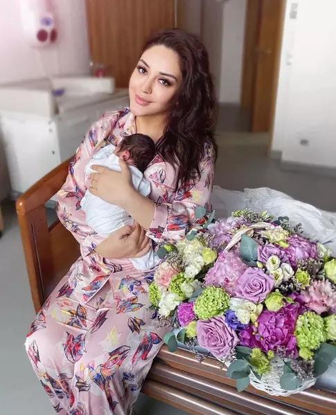 Недавно родившая Гоар Аветисян показала изменившуюся фигуру: «Сбросила все, что набрала за беременность», молодец